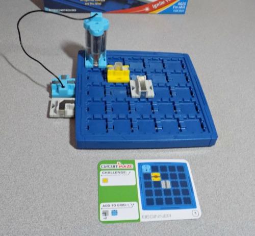 Circuit maze 007